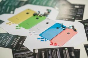 iPhone 5C boutons couleur © Nicolas Lambert / Sudpresse
